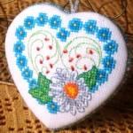 Схема для вышивки крестом «Сердечко с ромашкой»
